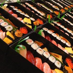寿司 出前 丸の内