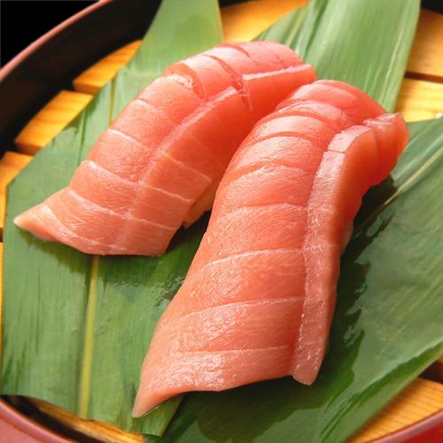 千代田区内にお寿司をお届けしています。